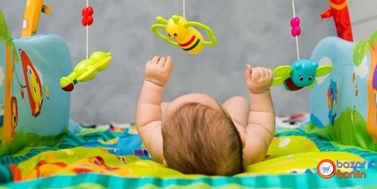 اسباب بازی برای نوزاد